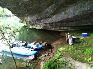 Raft Watauga Lunch Cave2 300x224 Tennessee Tailwater Fishing Report for October 16, 2012